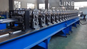 Chinese Professional Color Steel Tile Machine -