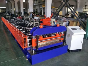 Arabia-Corrugated roll bumubuo ng machine at curving machine