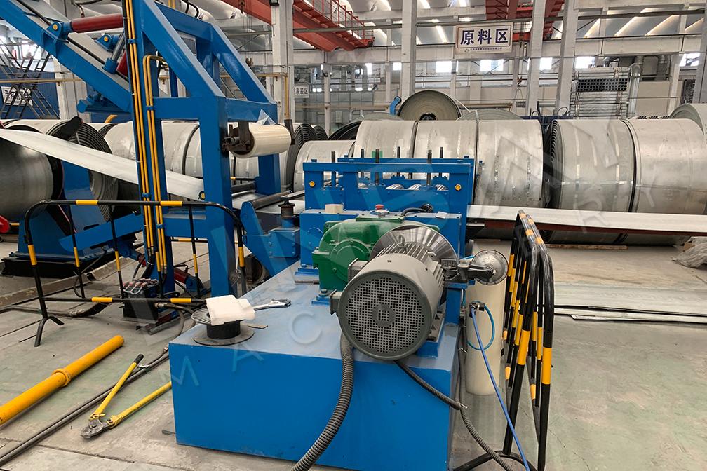 Crash barrier roll forming machine-6