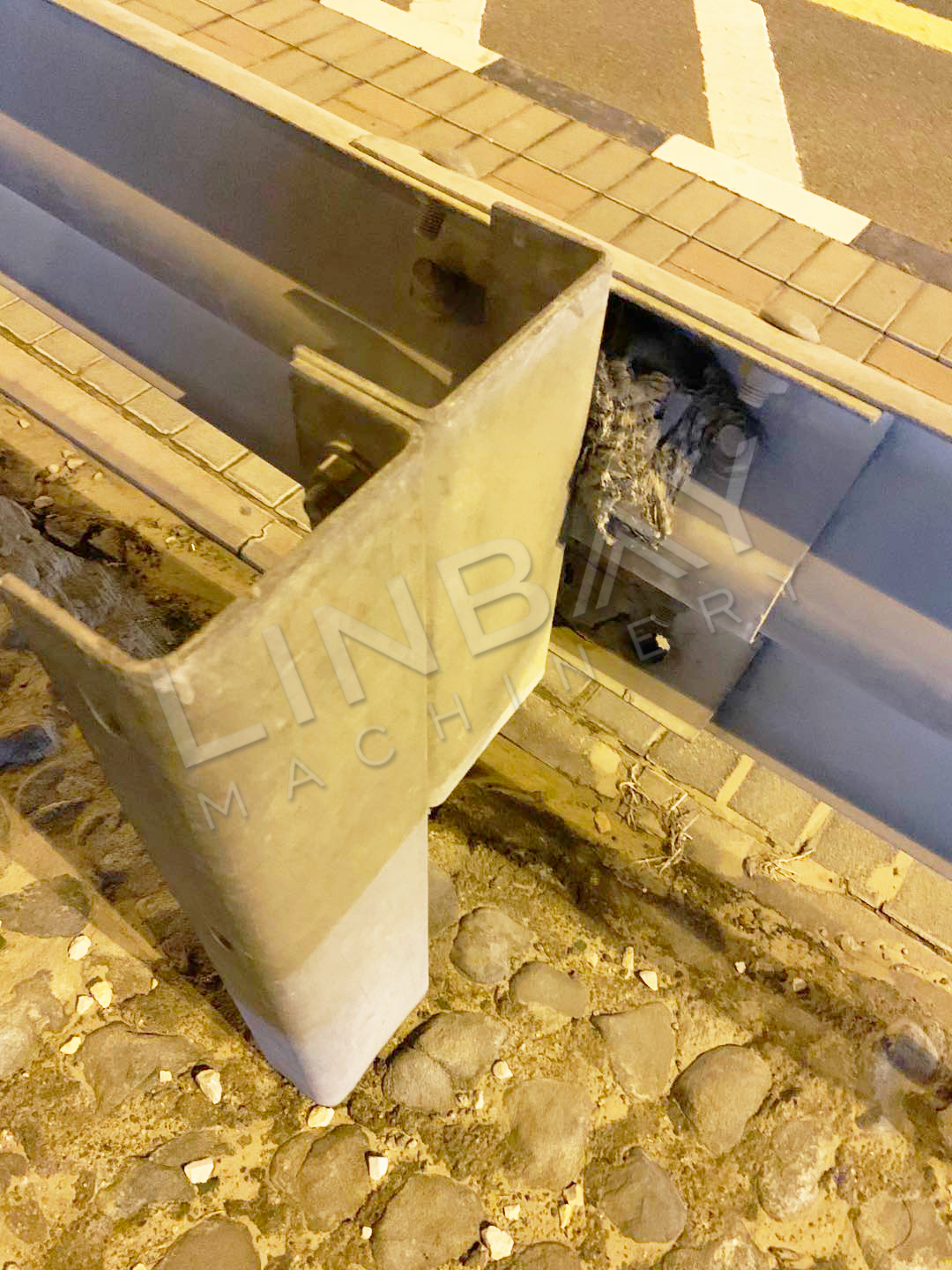 Saudi Arabia guardrail spacer block and post (2)