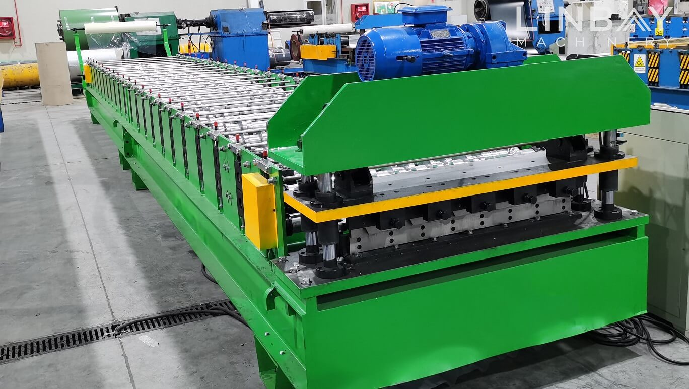 corrugated panel forming machine (1)
