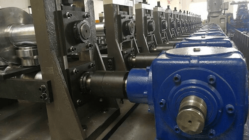 highway guardrail roll forming machine (4)