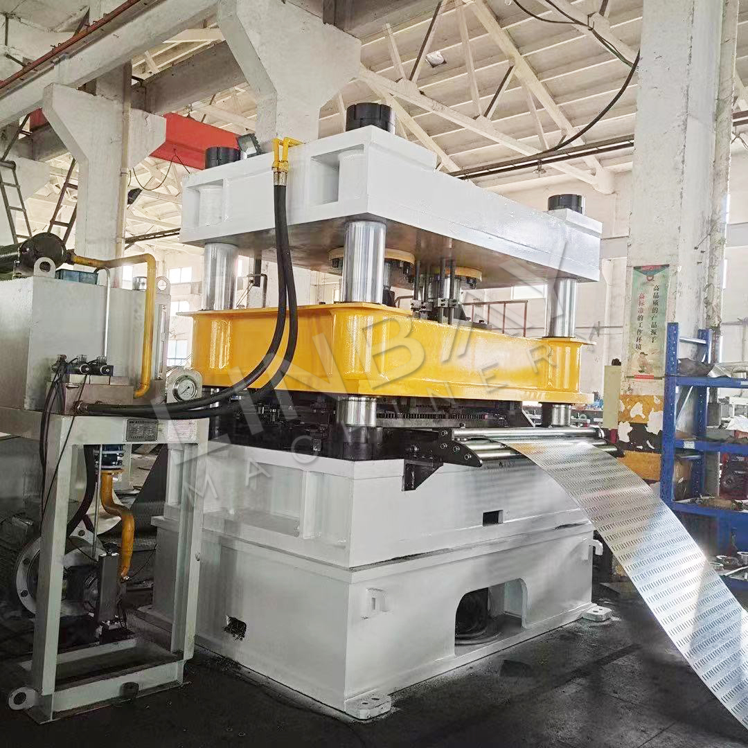perforated cable tray roll forming machine (3)
