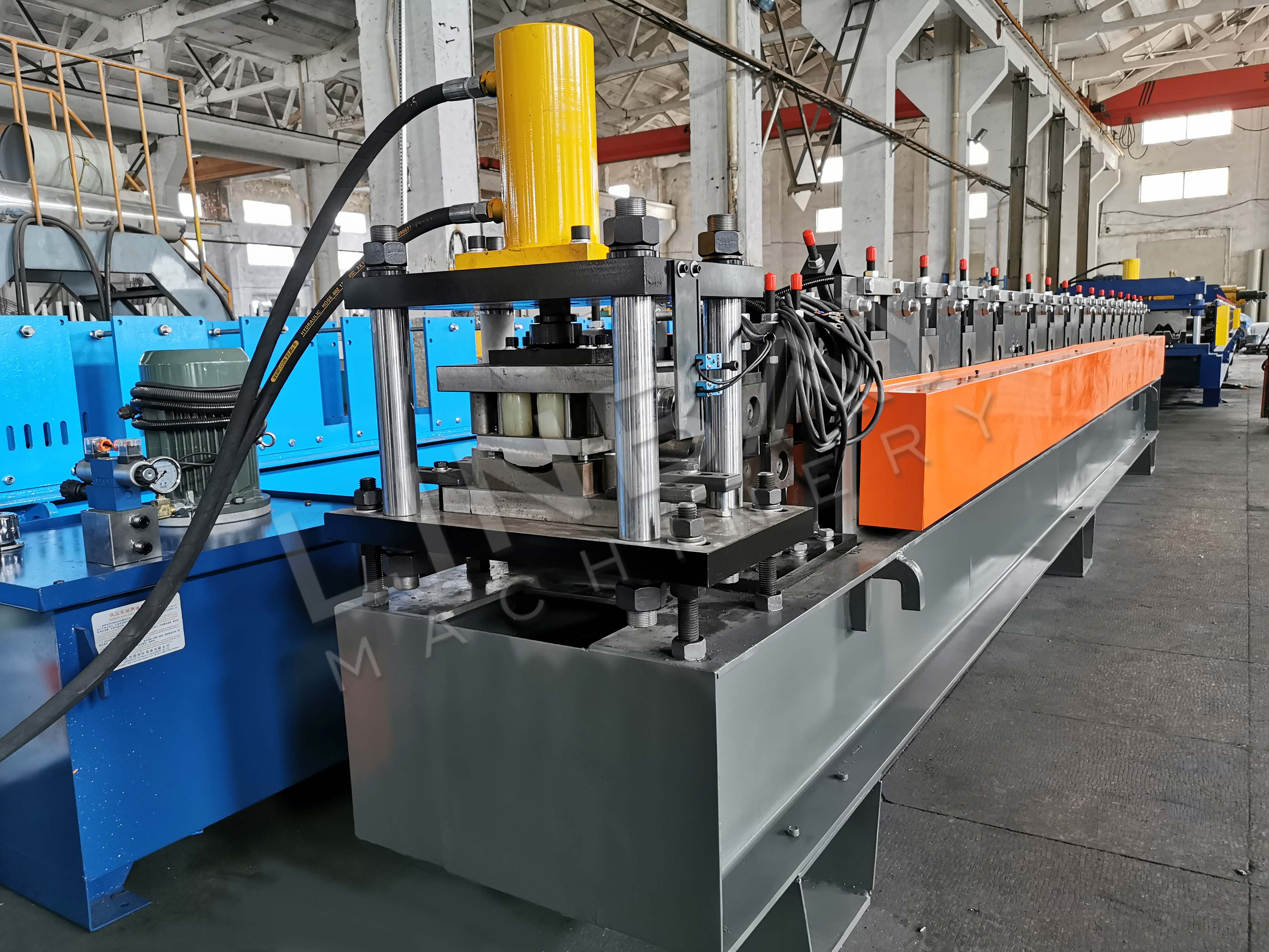 roll forming machine (4)