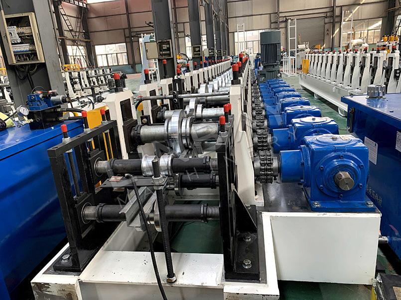 solar rack roll forming machine (1)