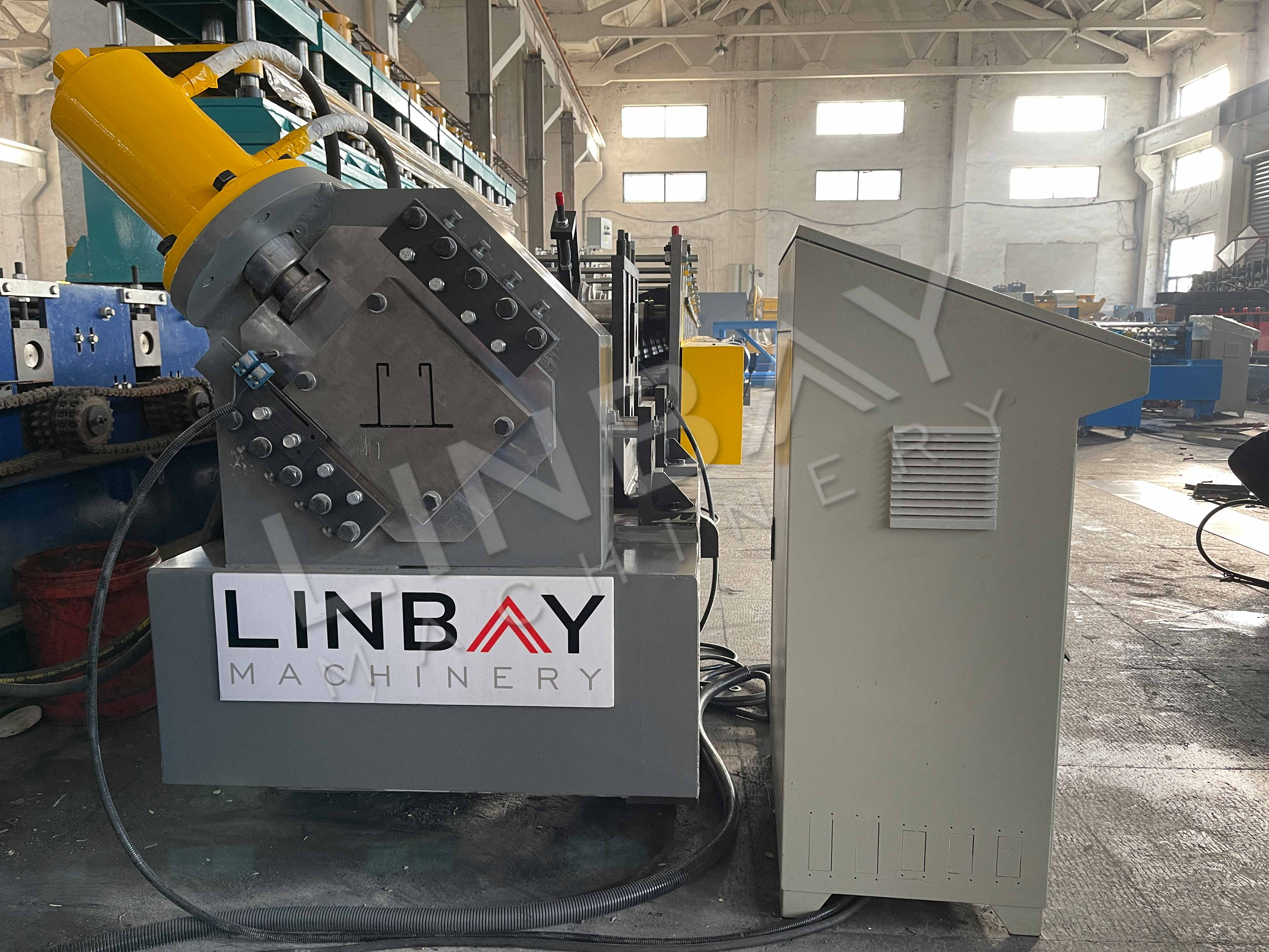 LINBAY-Exportacion la Máquina Conformadora para Vigacero a Colombia
